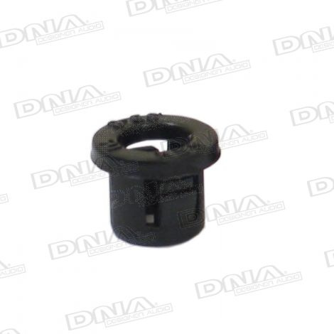 8mm Nylon Snap Bushing - 100 Pack